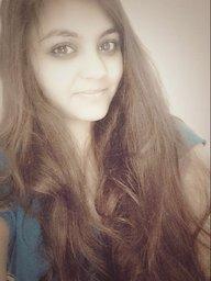 G_Neha_Kharbanda_XtZe