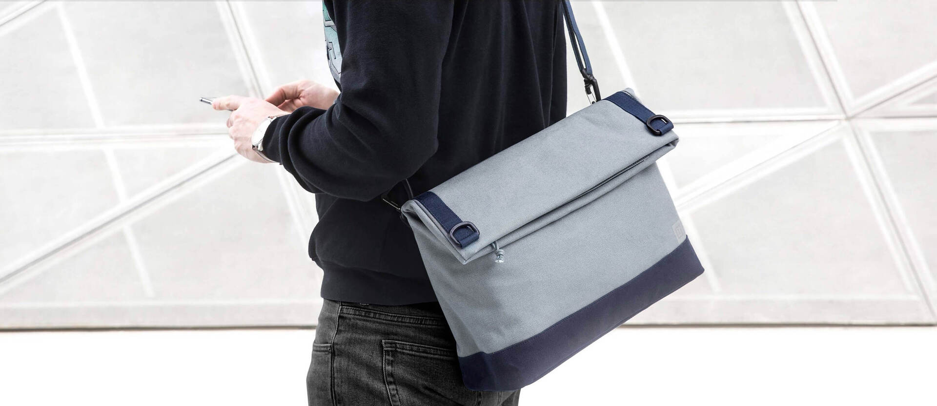 OnePlus Travel Messenger Bag