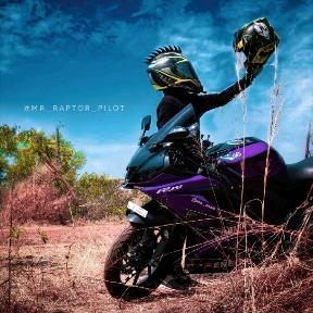 mr_raptor_pilot