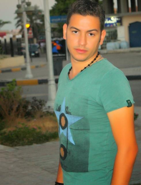 Ezz_Emam