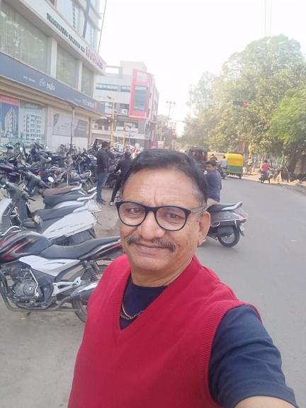 Satish Natvarlal Trivedi