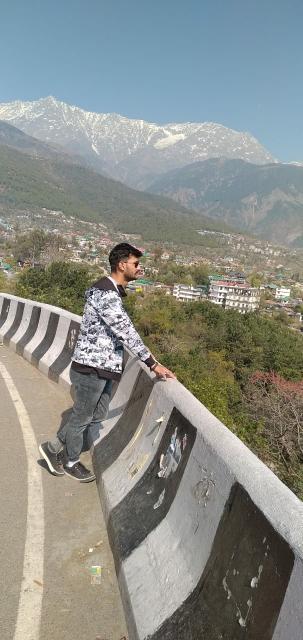 Ajay_Bakshi